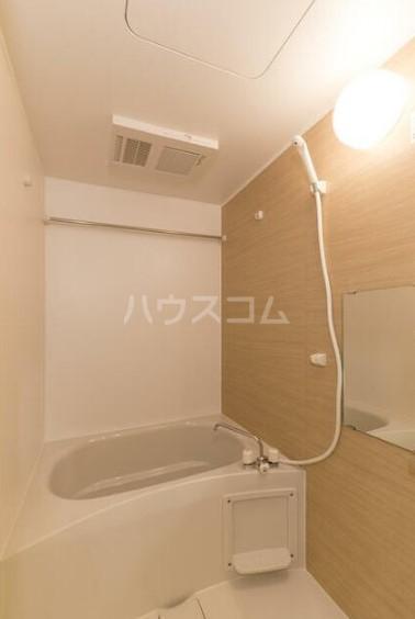 フォレスタ雪谷 202号室の風呂