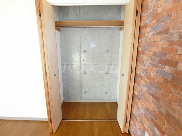 リヴェルシーデ 01号室の収納