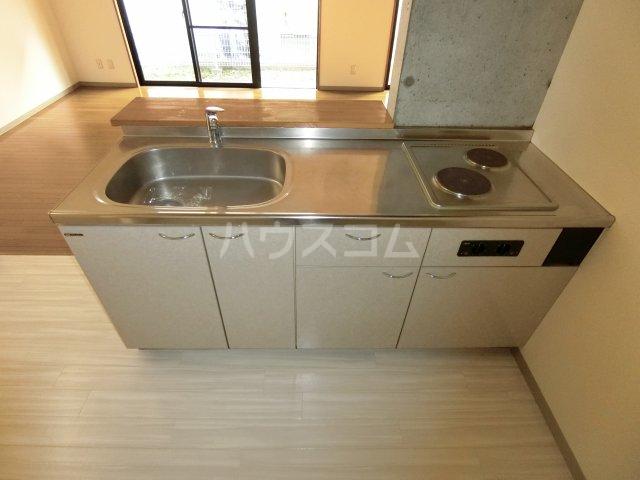 リヴェルシーデ 01号室のキッチン