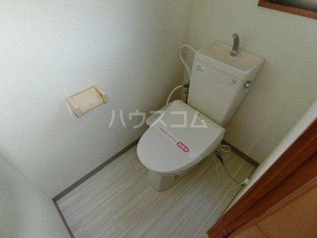 リヴェルシーデ 01号室のトイレ
