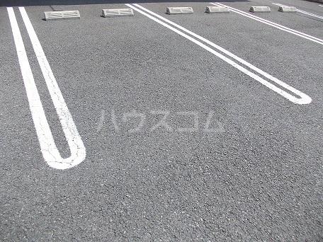 ビ・オーラ城南 01020号室の駐車場