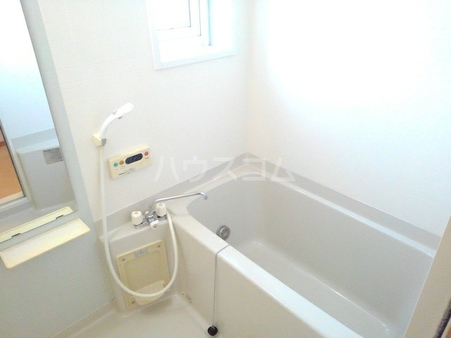 ポニーヒルズ D 01020号室の風呂