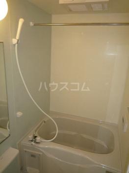 パークサイドエイシュウ Ⅲ 01010号室の風呂