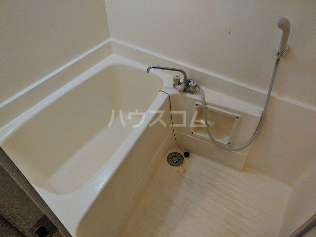 石井マンション 106号室の風呂