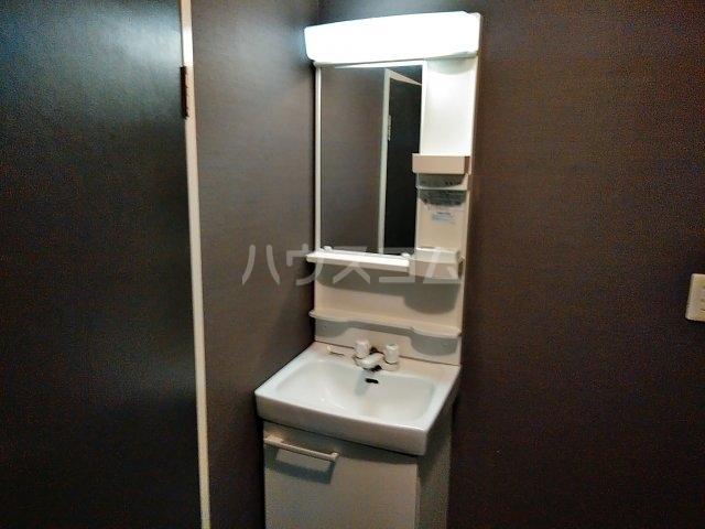 石井マンション 106号室の洗面所