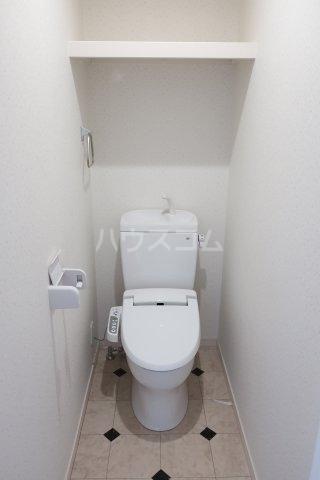 グランレーヴ東別院WEST 202号室のトイレ