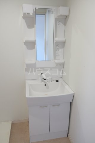 グランレーヴ東別院WEST 202号室の洗面所