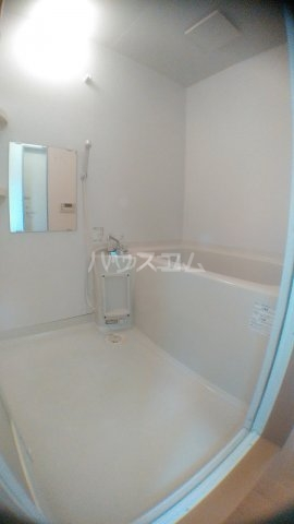 サンハイム白鳥 202号室の風呂