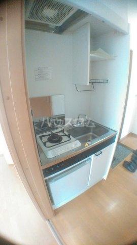 サンハイム白鳥 202号室のキッチン