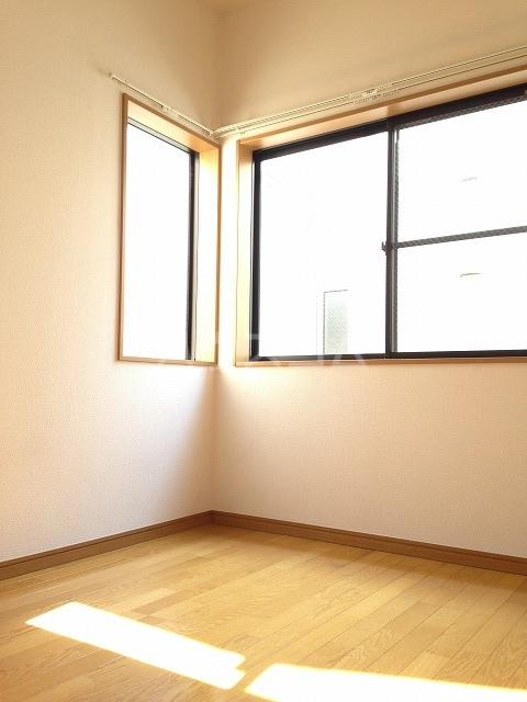 エスポワール日吉 205号室のベッドルーム