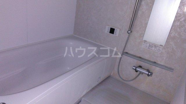 ビューノ ル・レーヴ 201号室の風呂