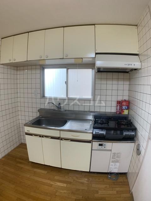 クレール中山 704号室のキッチン