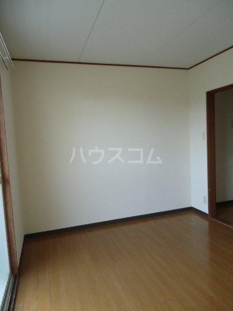 クレールK 203号室の居室