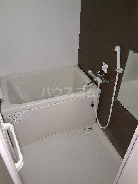 ベルフレージュ 102号室の風呂