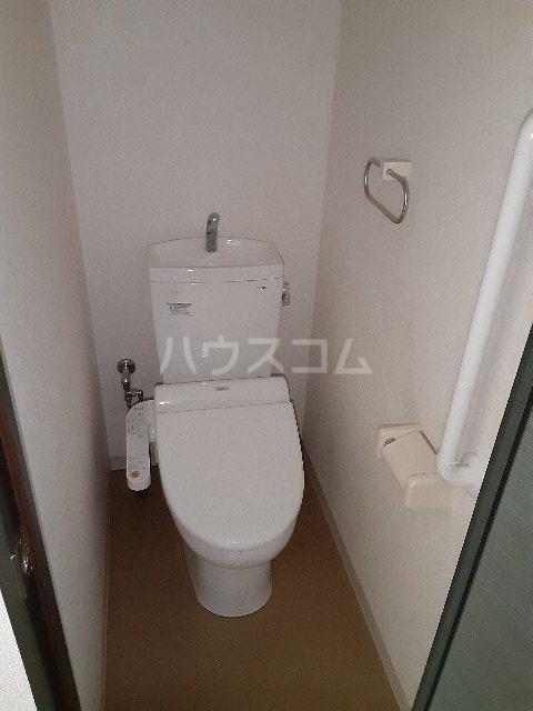 ベルフレージュ 102号室の洗面所
