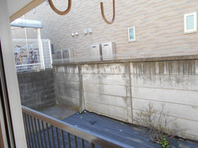 堀口マンション 103号室のバルコニー