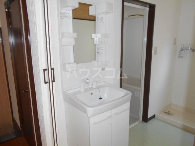堀口マンション 103号室の洗面所