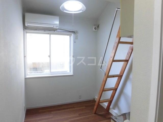 アークハイツ成増 308号室の居室