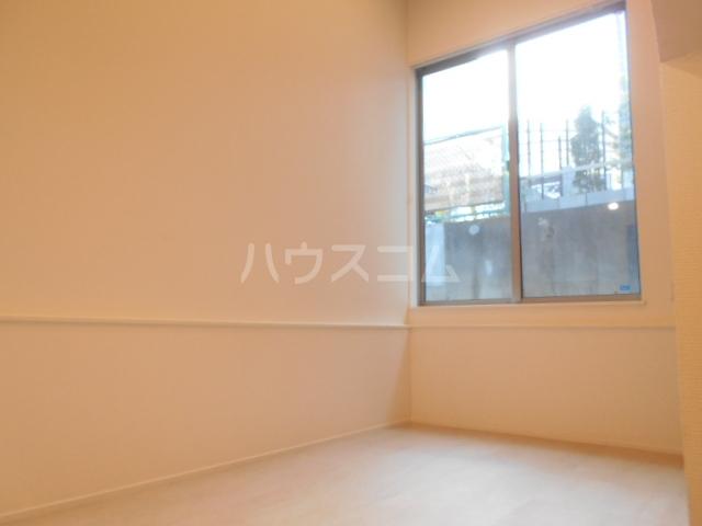 sunrise赤塚ヒルズ 104号室のリビング