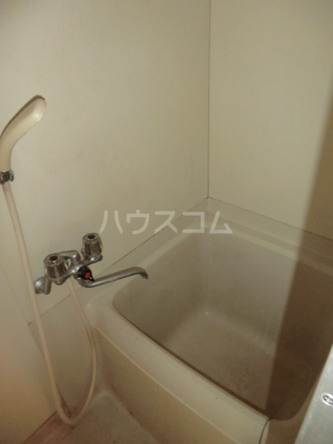 M8 202号室の風呂
