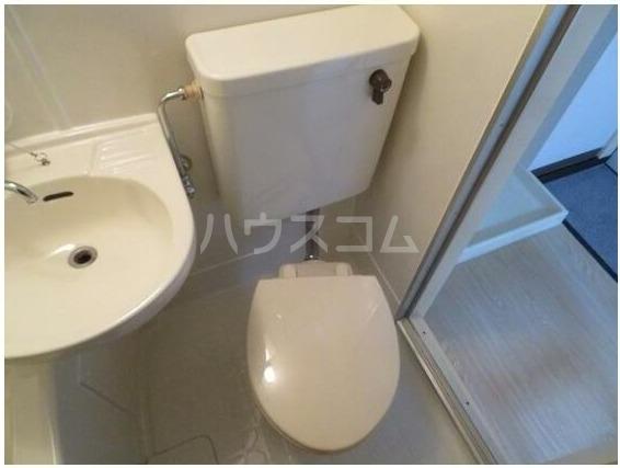シェ・モワ烏山 206号室のトイレ