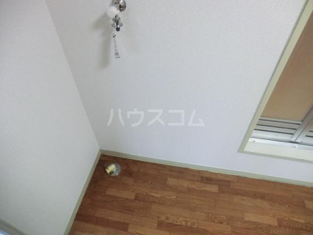 クレール23 B棟 107号室の洗面所