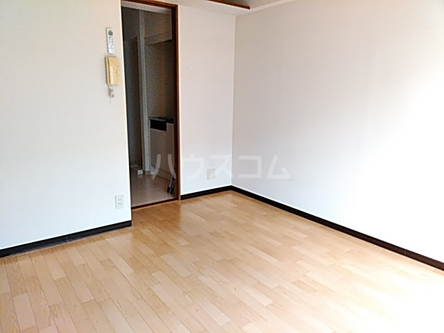 サラミーア 3-D号室の居室