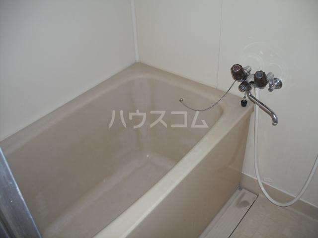 ユーモレスク市川NO1 102号室の風呂