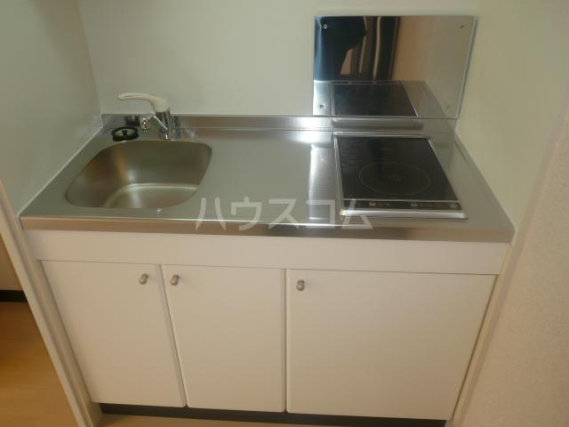 レスト伊奈 103号室のキッチン