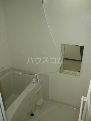 レスト伊奈 103号室の風呂