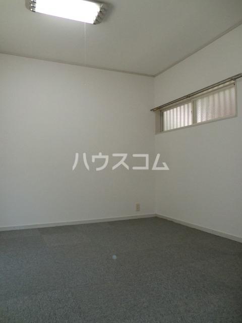 BMハイツ 102号室の居室