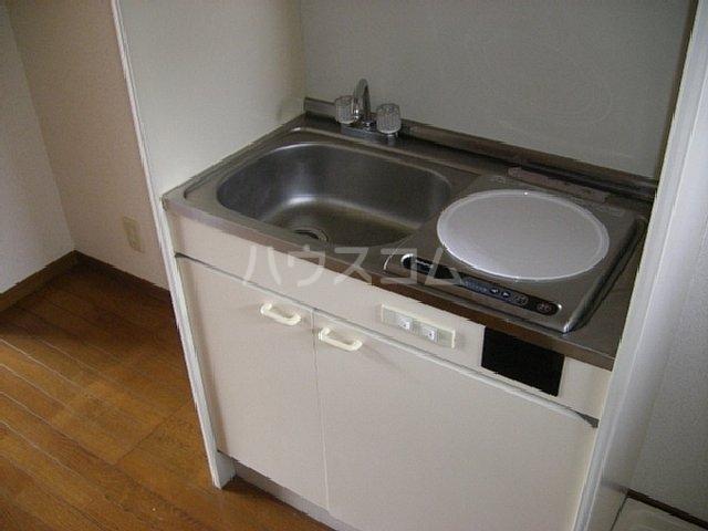 ビューティフルハイツA 203号室のキッチン