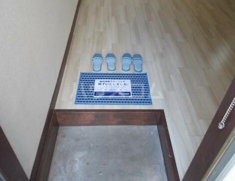 ヴェールノヴァ 102号室の玄関