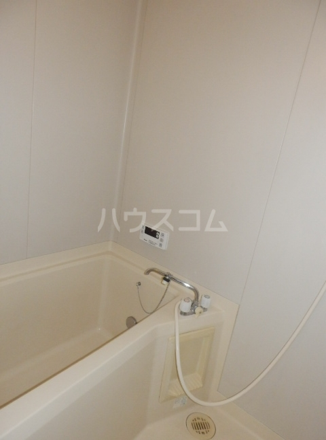 メゾンドセードル 303号室の風呂