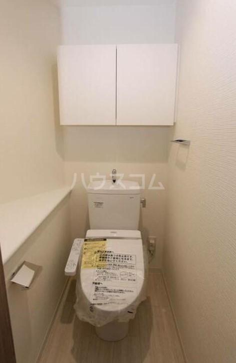 スカイコート成城学園前 102号室のトイレ