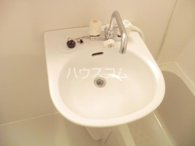 グレイスシールド烏丸 103号室の洗面所