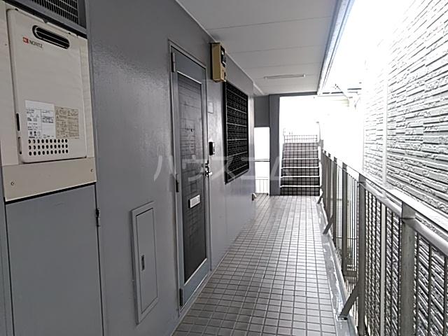 ドリームGビル 203号室のリビング