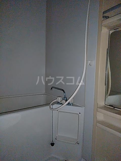 ドリームGビル 203号室の風呂
