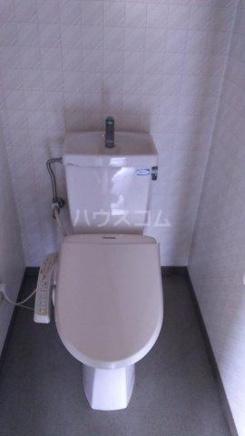 ソレイユ市川 503号室のトイレ