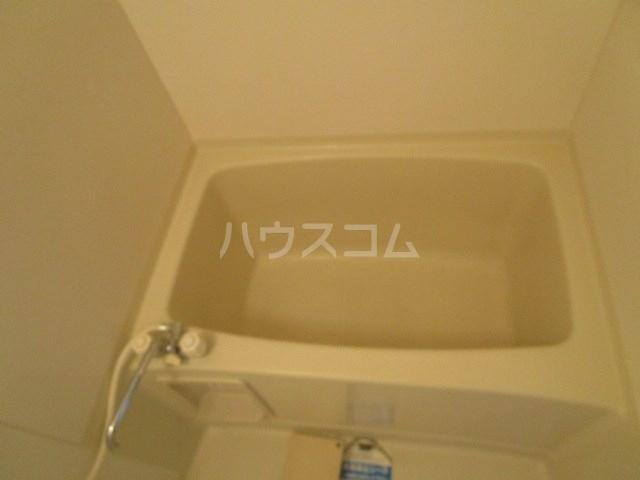 パインクレスト1 405号室の風呂