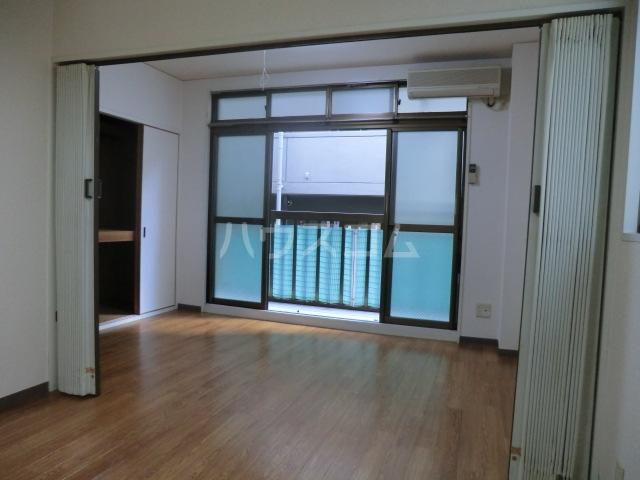 ネオ明治館 206号室の収納