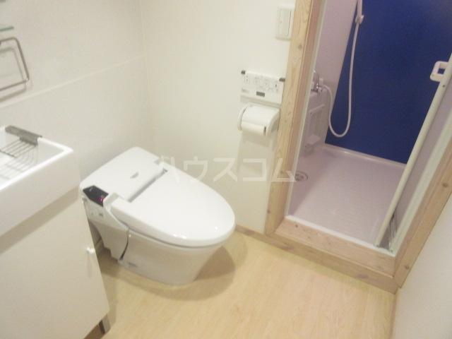 デラッセ 106号室のトイレ
