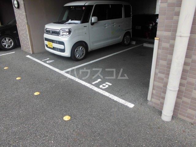 ジャスパー江南 505号室の駐車場