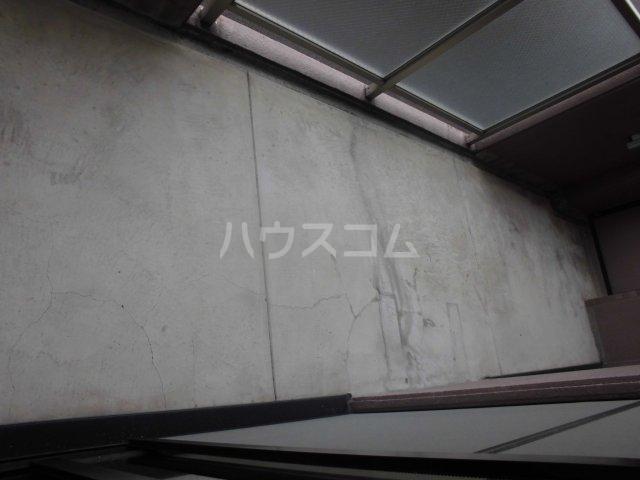 ジャスパー江南 505号室のバルコニー