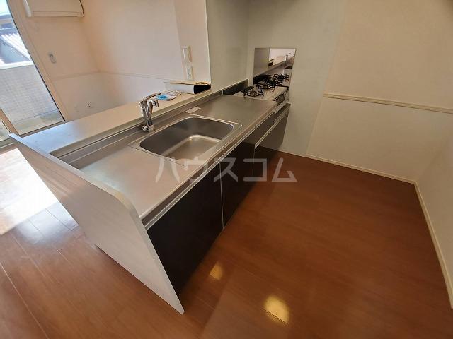 アリュール林 303号室のキッチン