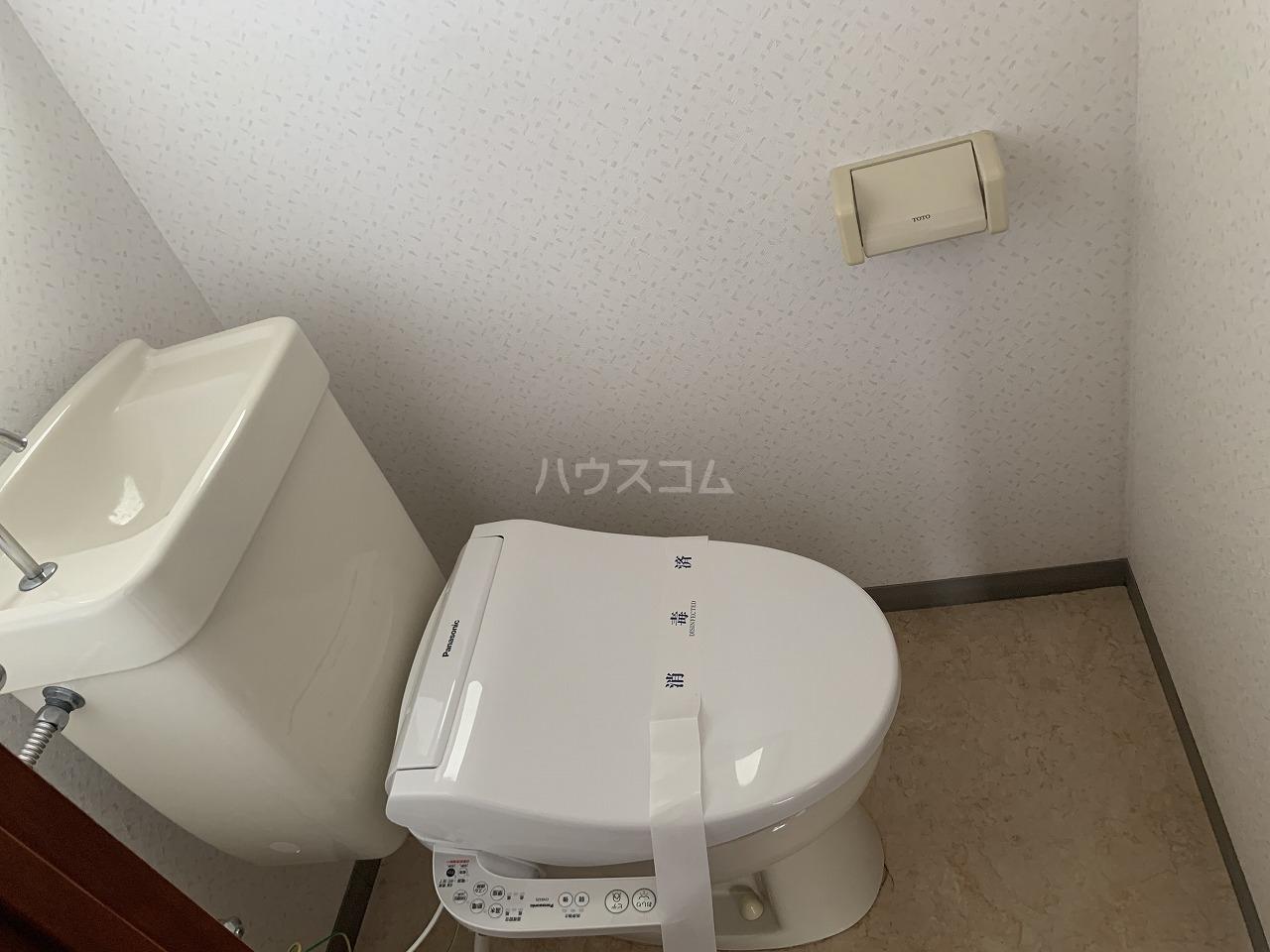 ハイツウステリア 301号室の居室