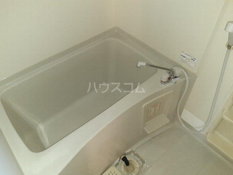 コートヴィレッジ 101号室の風呂