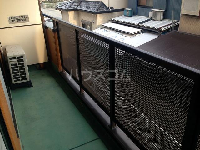 リンピアハッピー 203号室の駐車場