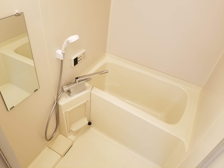 アベニール佐倉 305号室の風呂