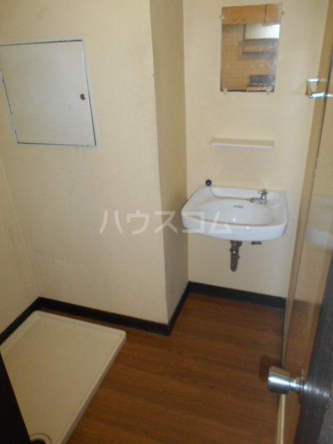 杉本ビル 103号室の洗面所